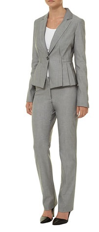 suit, grey suit, carrie mattheson, carrie matheson, Homeland fashion, fashion, workwear, office chic